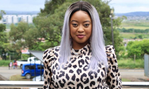Uzalo actress is crying for her job back , click here.